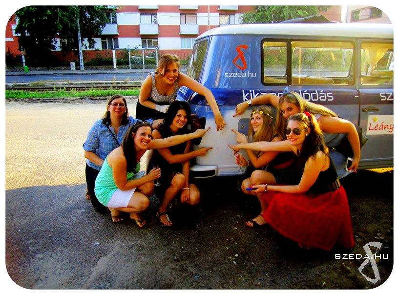 Leéánybúcsú a Bari Buli Busszal